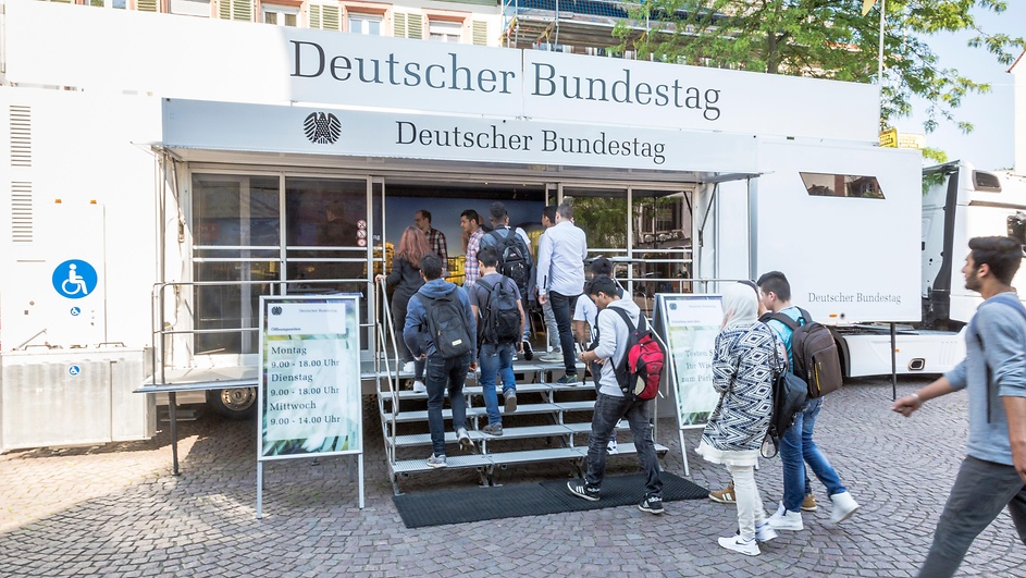 Infomobil Bundestag 2