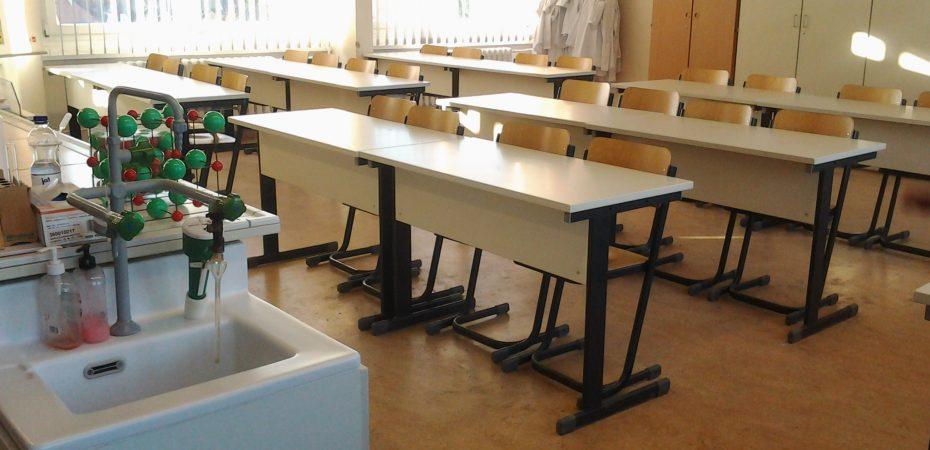 Das Chemiekabinett der Paul-Robeson-Schule - vor der Brandschutz Sanierung 2017